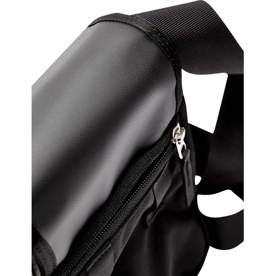 BARDU BAG T0AVAQ - Bardu Skuldertaske - Tasker - BLACK - 5