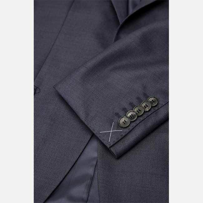 T-Howard/Court5 Tailored Habit
