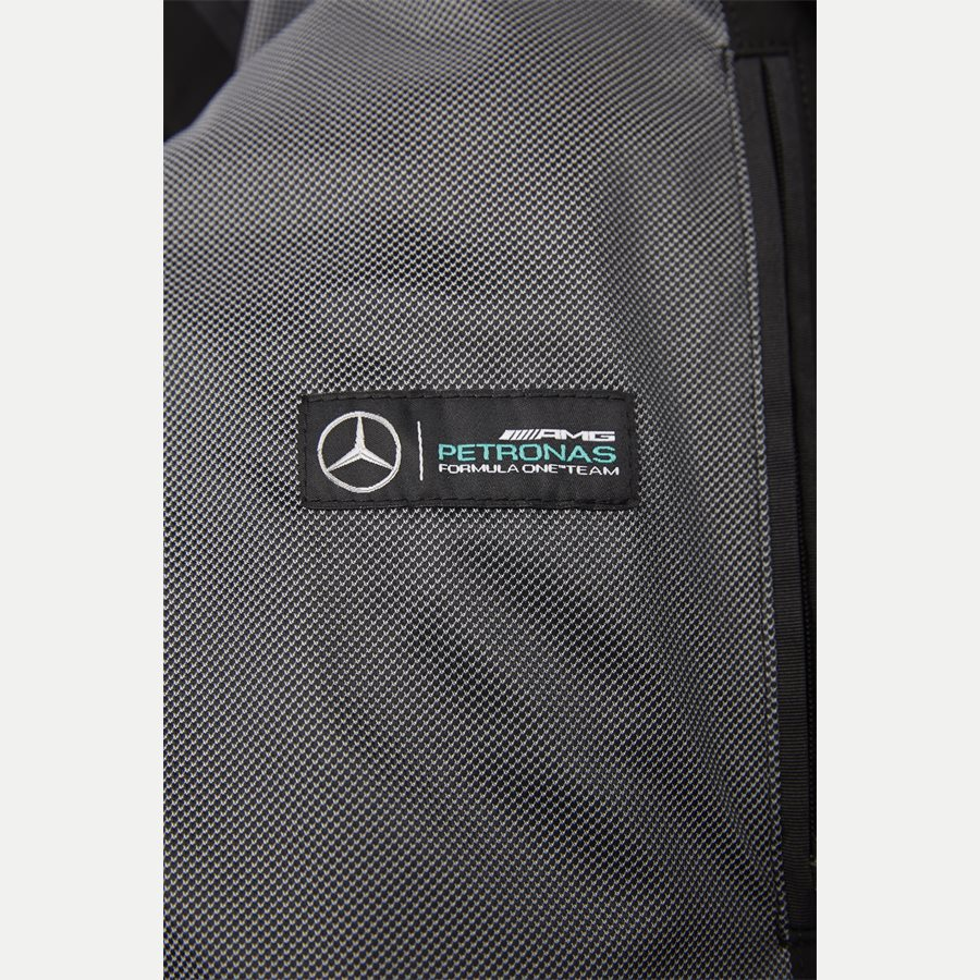 50389511 CHEAD - Chead Mercedes-Benz Petronas Vindjakke - Jakker - Regular - SORT - 10