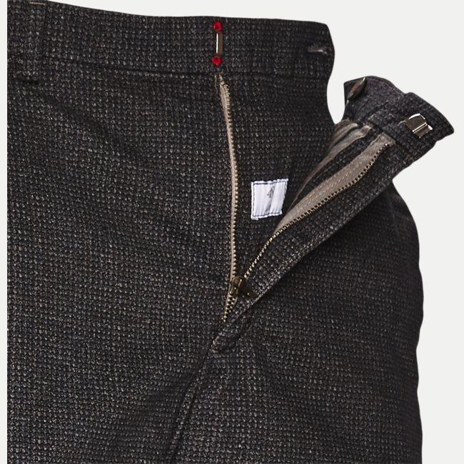 Milano Bukser