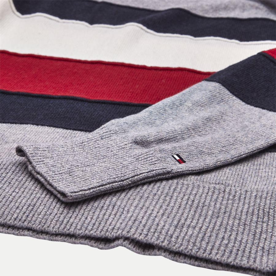 COLORBLOCK STRIPE CNECK - Colorblock Stripe Crew Neck - Strik - Regular - GRÅ - 4
