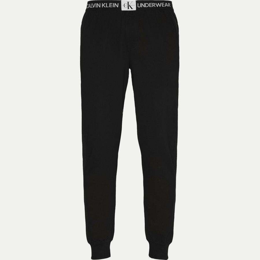 000NM1554E JOGGER - Jogger Pants - Bukser - Regular - SORT - 1