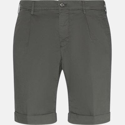 Regular fit | Shorts | Green