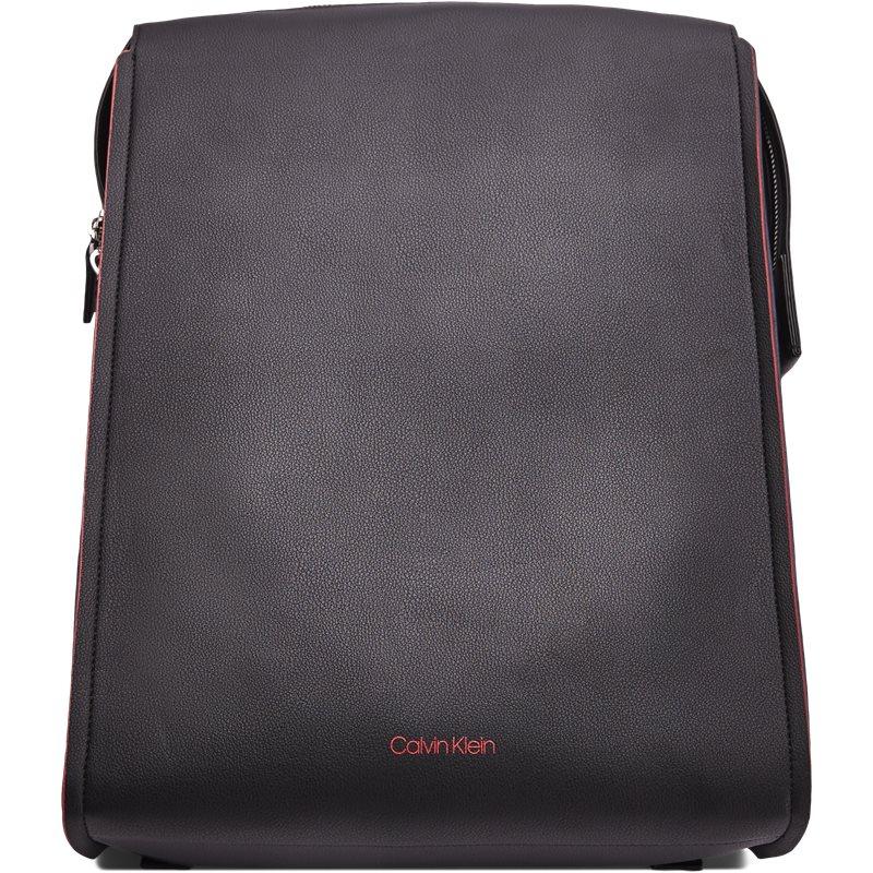 Calvin klein k50k503927910 double edge fashion tasker black fra calvin klein på axel.dk