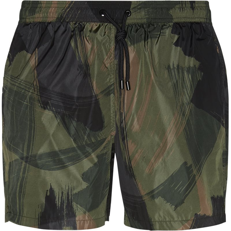 Image of CLOSED Regular fit C8200-63P-PR Shorts Camo