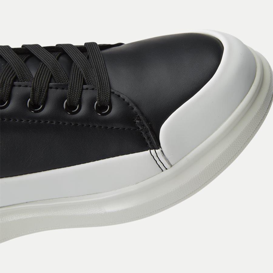 EOYTBSN1 70992 - Shoes - SORT - 4