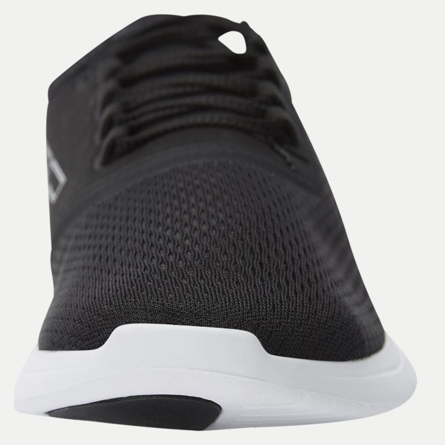 LT FIT 119 1 - Shoes - SORT/HVID - 6