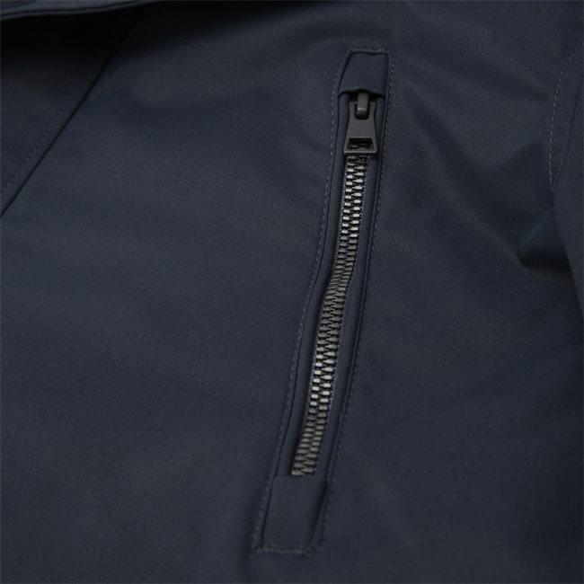The Comfort Avenue Jacket