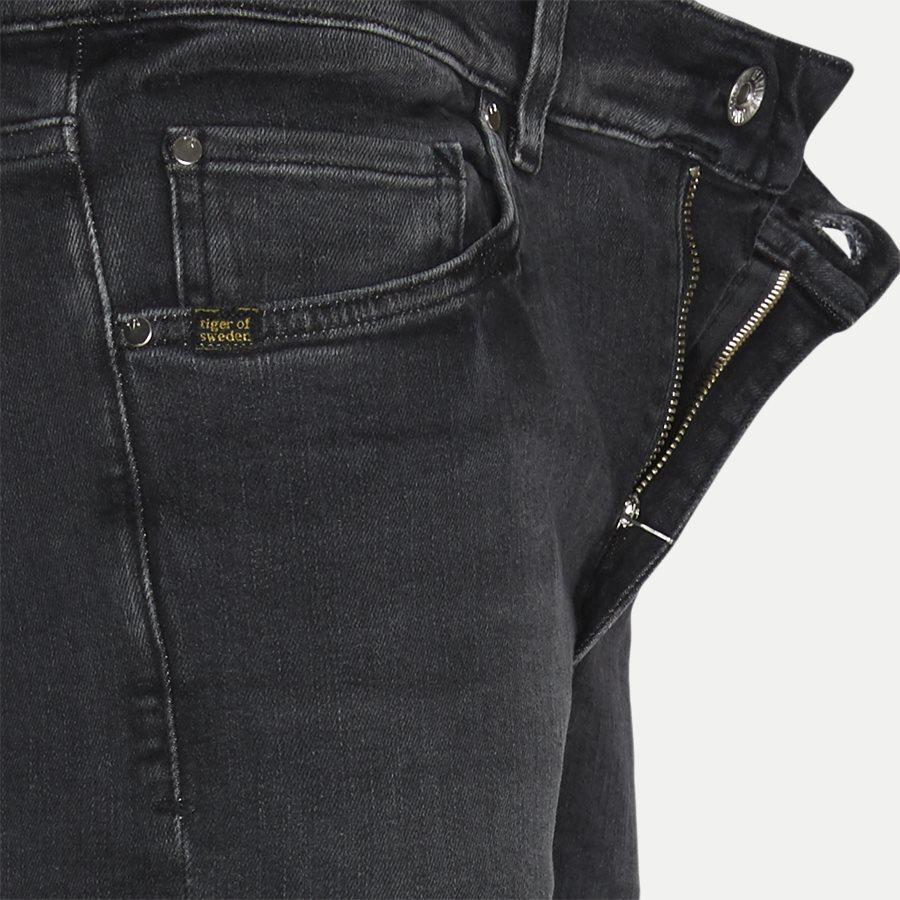 W66881 EVOLVE - Evolve Jeans - Jeans - Slim - DENIM - 4