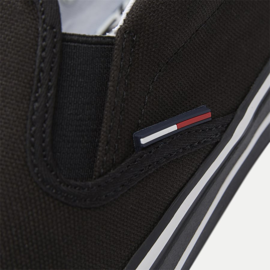0002 EM0EM0 - Textile Slip On Sneaker - Sko - SORT - 10
