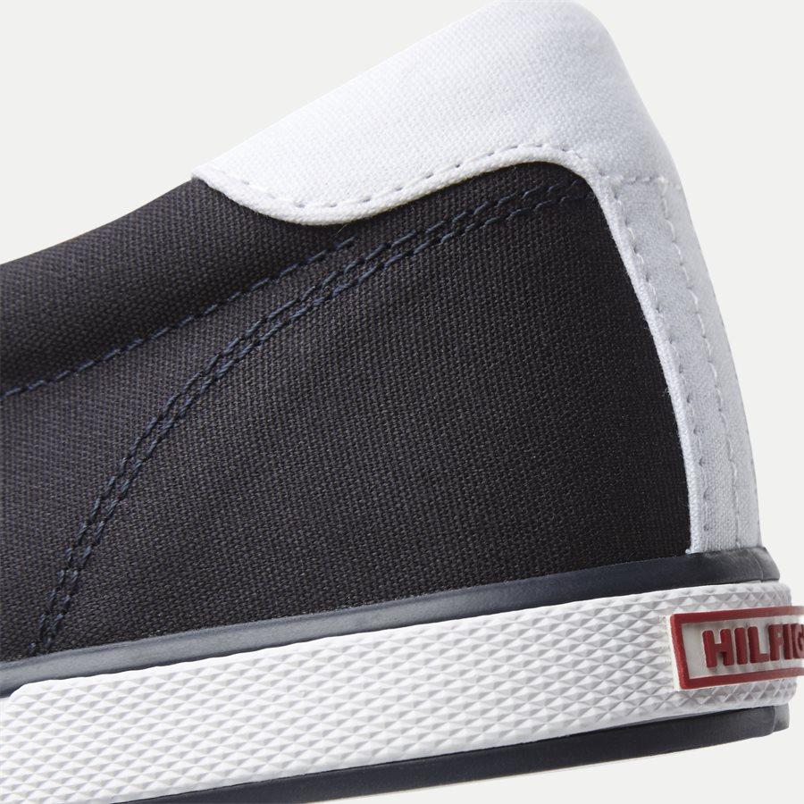 0597 FM0FM0 - Iconic Canvas Slip On Sneaker - Sko - NAVY - 5