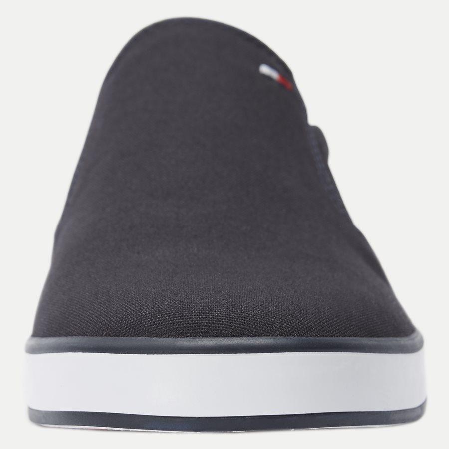 0597 FM0FM0 - Iconic Canvas Slip On Sneaker - Sko - NAVY - 6