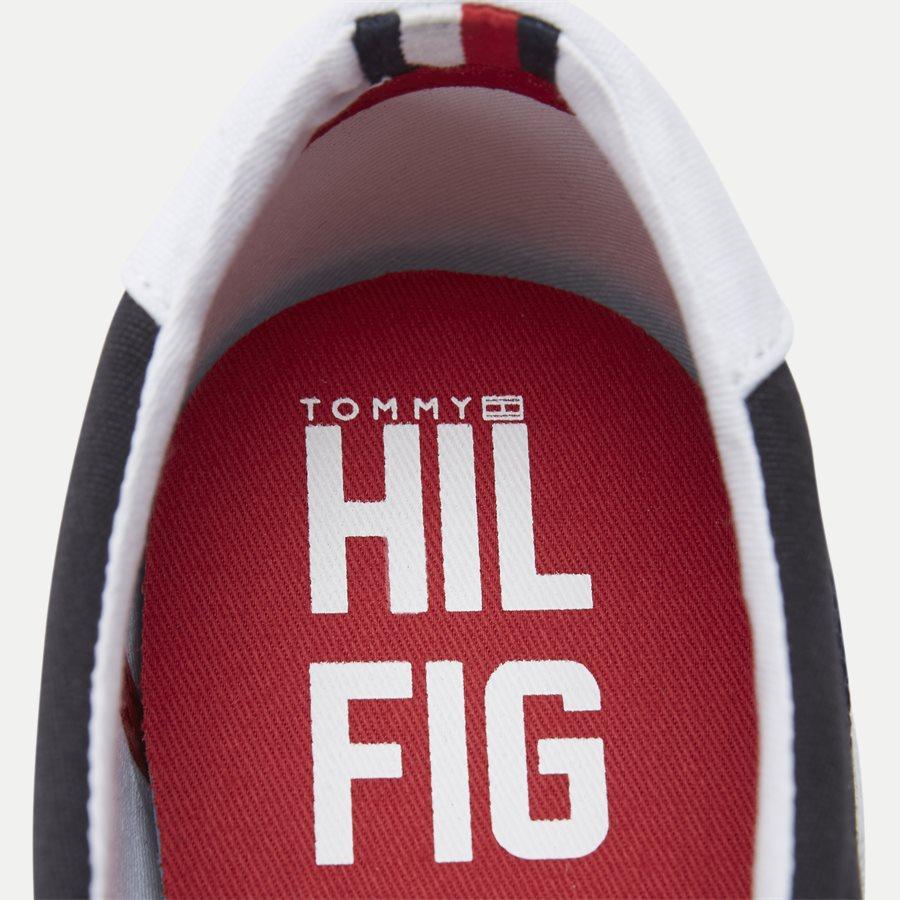 0597 FM0FM0 - Iconic Canvas Slip On Sneaker - Sko - NAVY - 11