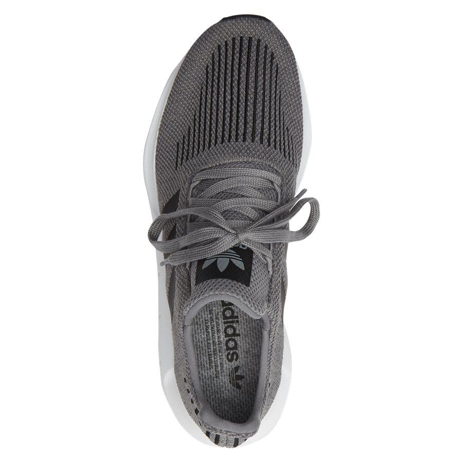 32a02b8489a38 SWIFT RUN CQ2115 Shoes GRÅ from Adidas Originals 100 EUR