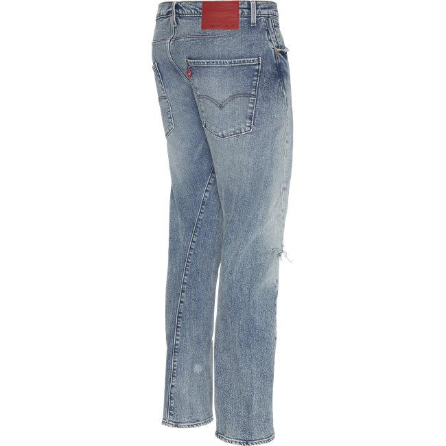 Engineered Jeans