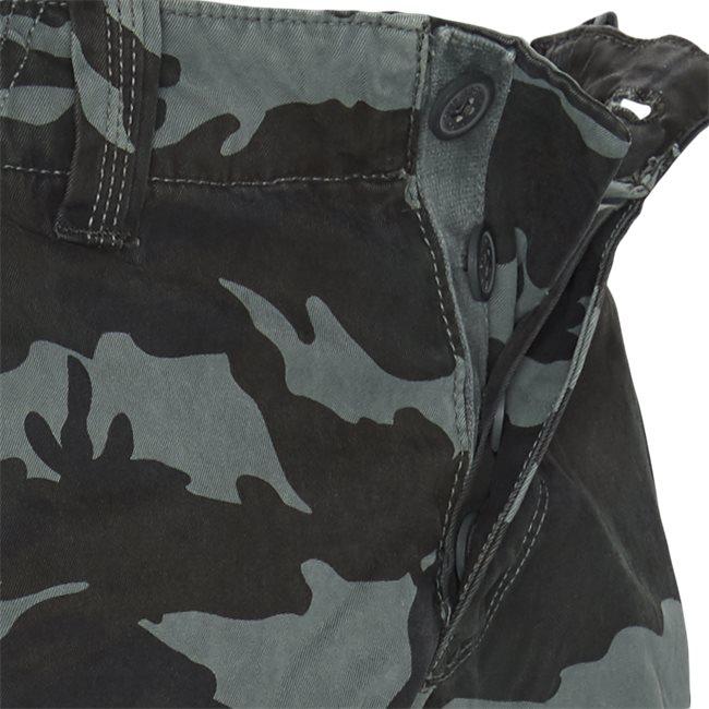 M71011NT Cargo Shorts