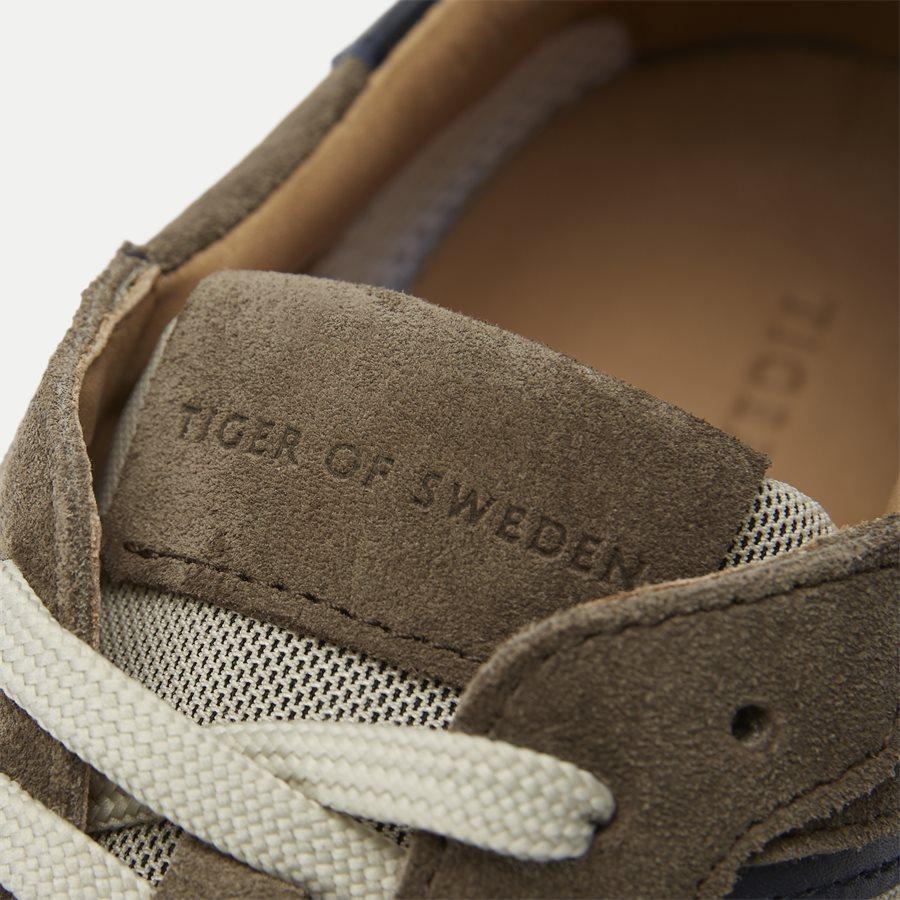 U66878 SPOTTING - Shoes - BRUN - 11