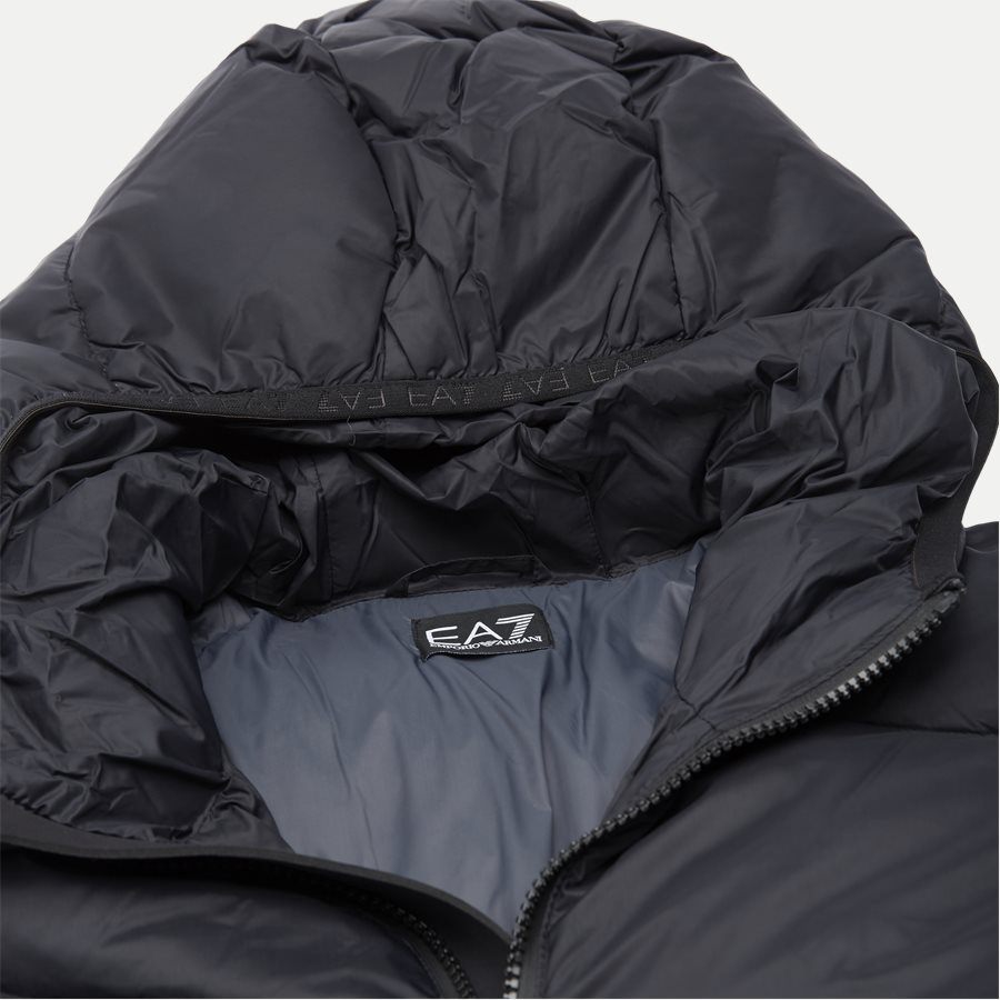 PNR4Z 6GPB53 - Down Jacket - Jakker - Regular - SORT - 5