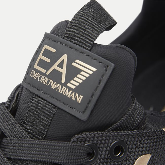 X8X007 Sneaker