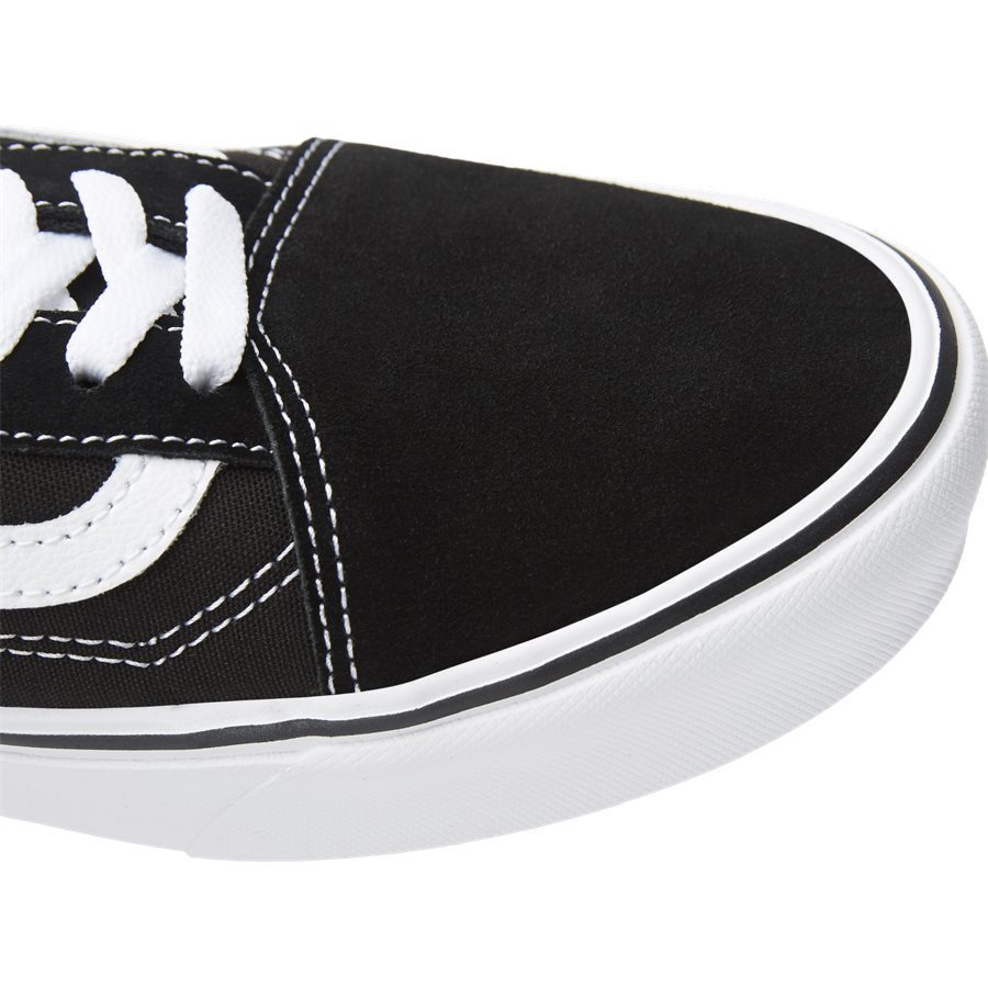 COMFY CUSH SKOOL VN0A3WMAVNE1 - Shoes - SORT - 4