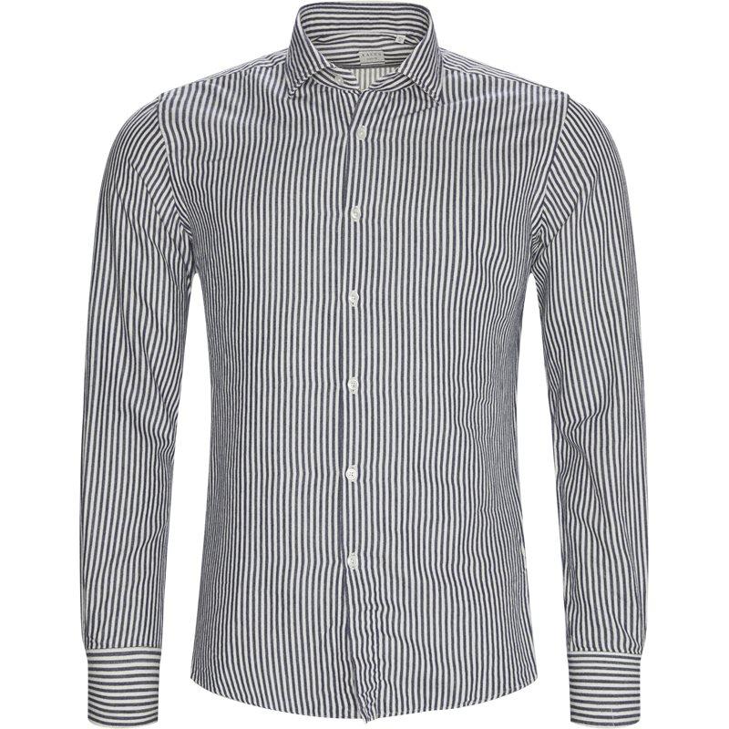 xacus – Xacus tailor 51104 748 skjorter offwhite/navy på axel.dk
