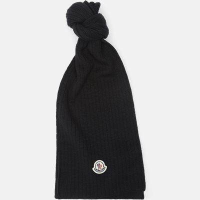 Regular fit   Scarves   Black