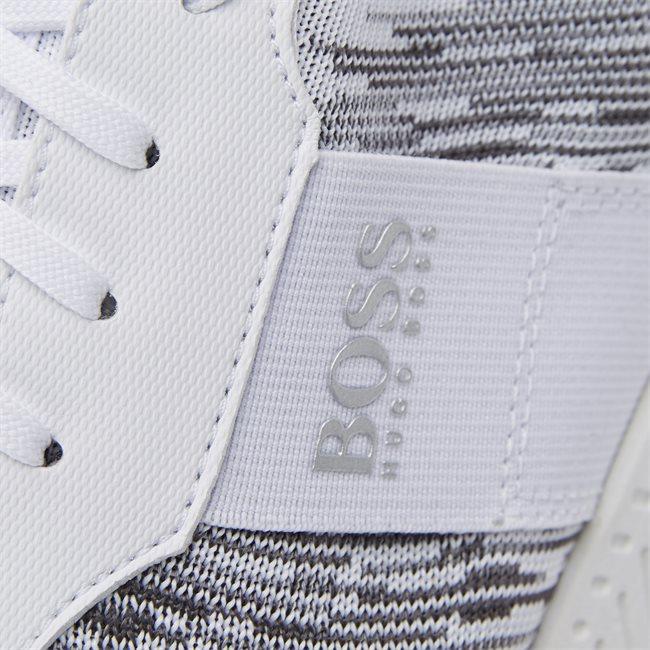 Titanium Runn Sneaker