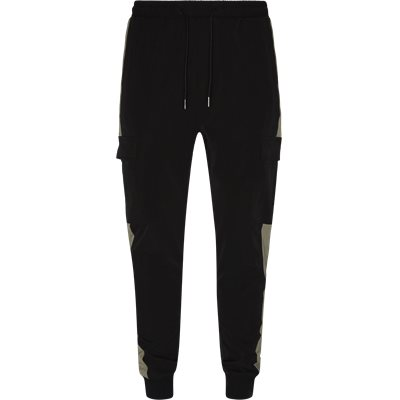 Tapered fit | Trousers | Black