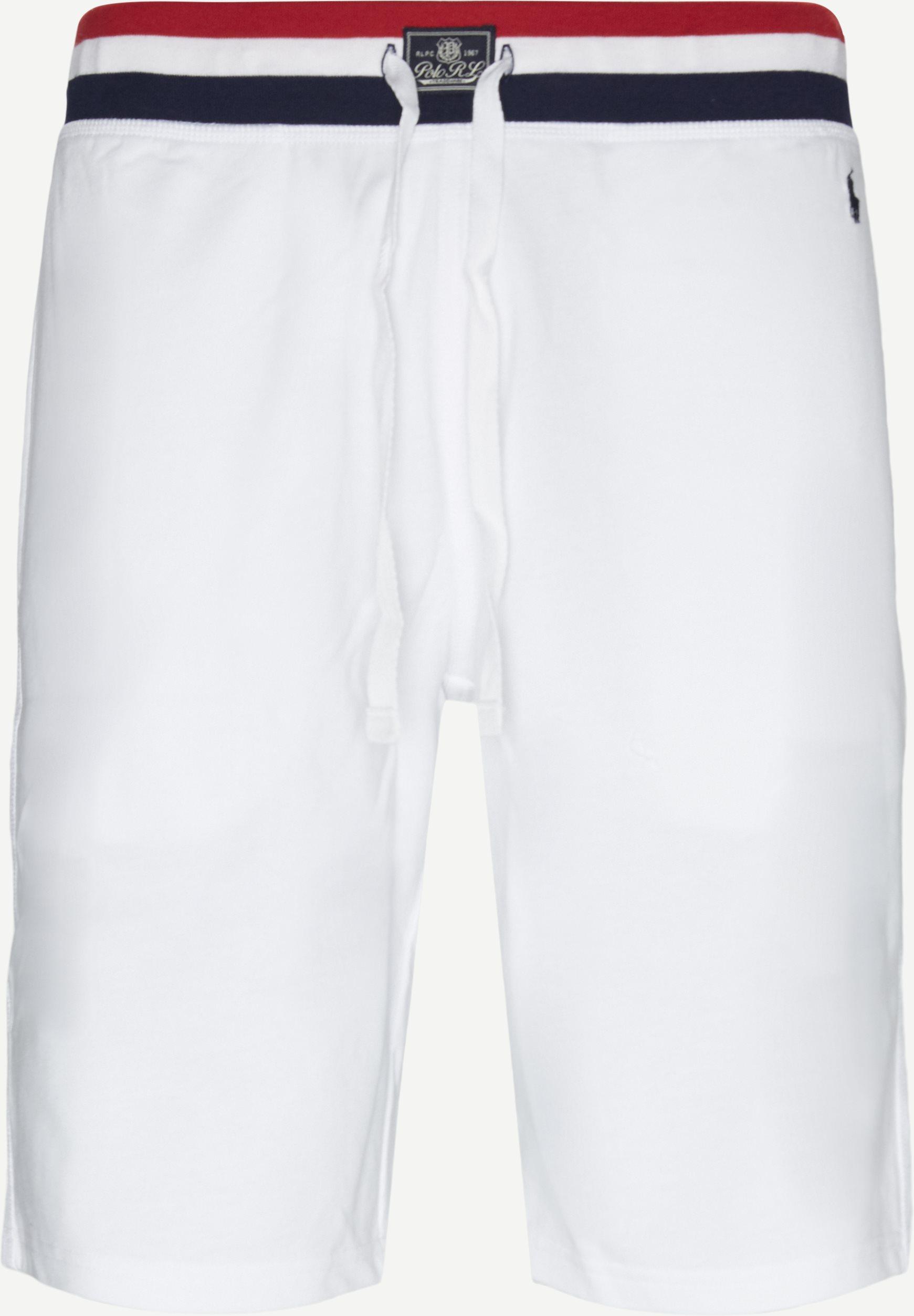 Shorts - Regular - White