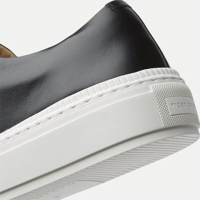 Sampe Sneaker