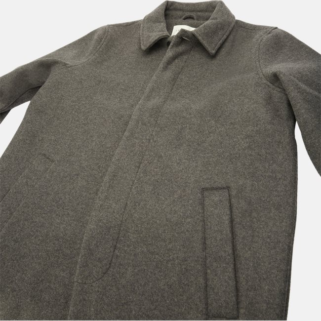 Atlas Coat
