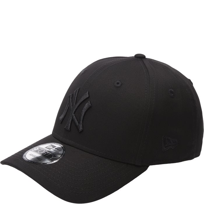 NY Snapback Cap - Caps - Black