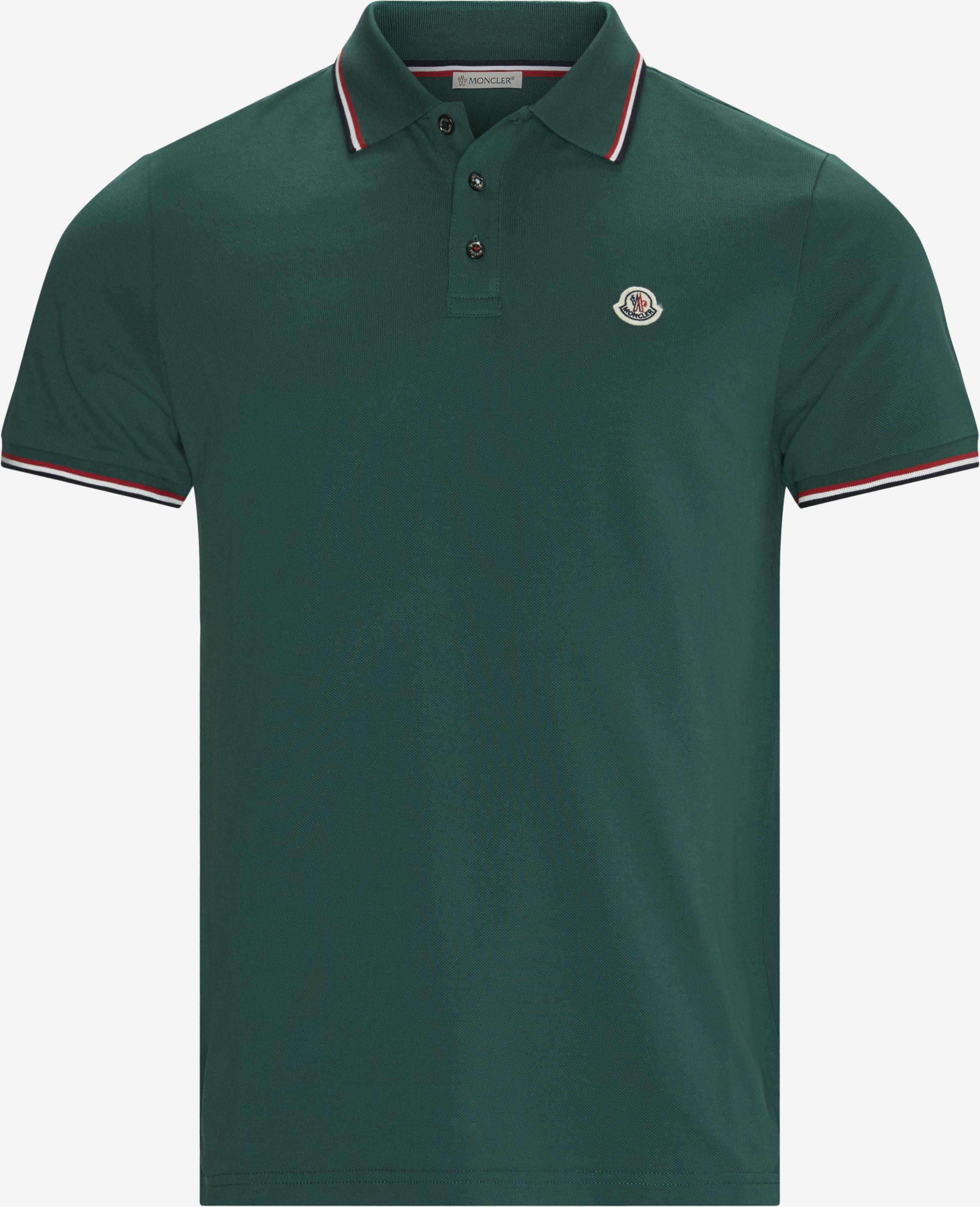 T-Shirts - Regular - Oliv