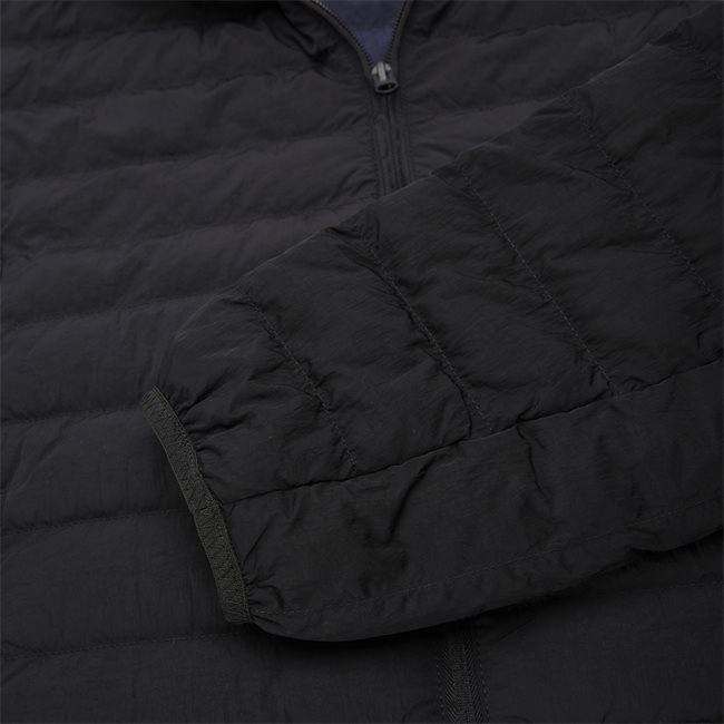 Lightweight Foldable Hooded Water-Resistant Jacket
