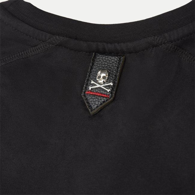Round Neck Istitutial T-shirt