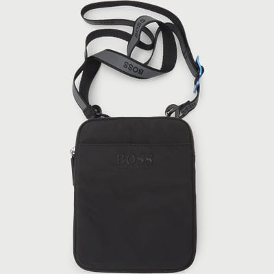 Krone Shoulder Bag Krone Shoulder Bag | Svart
