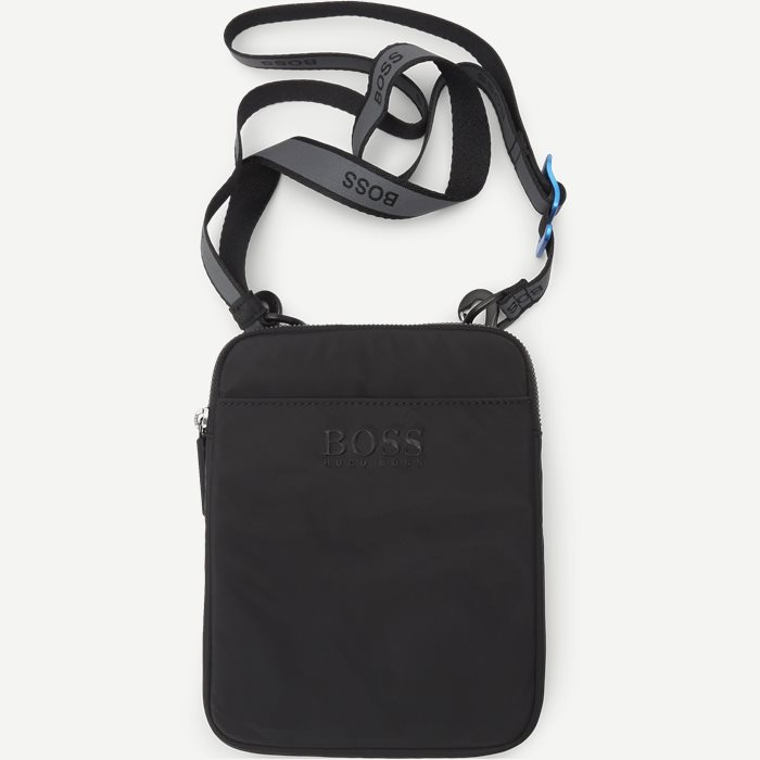 Krone Shoulder Bag - Bags - Black