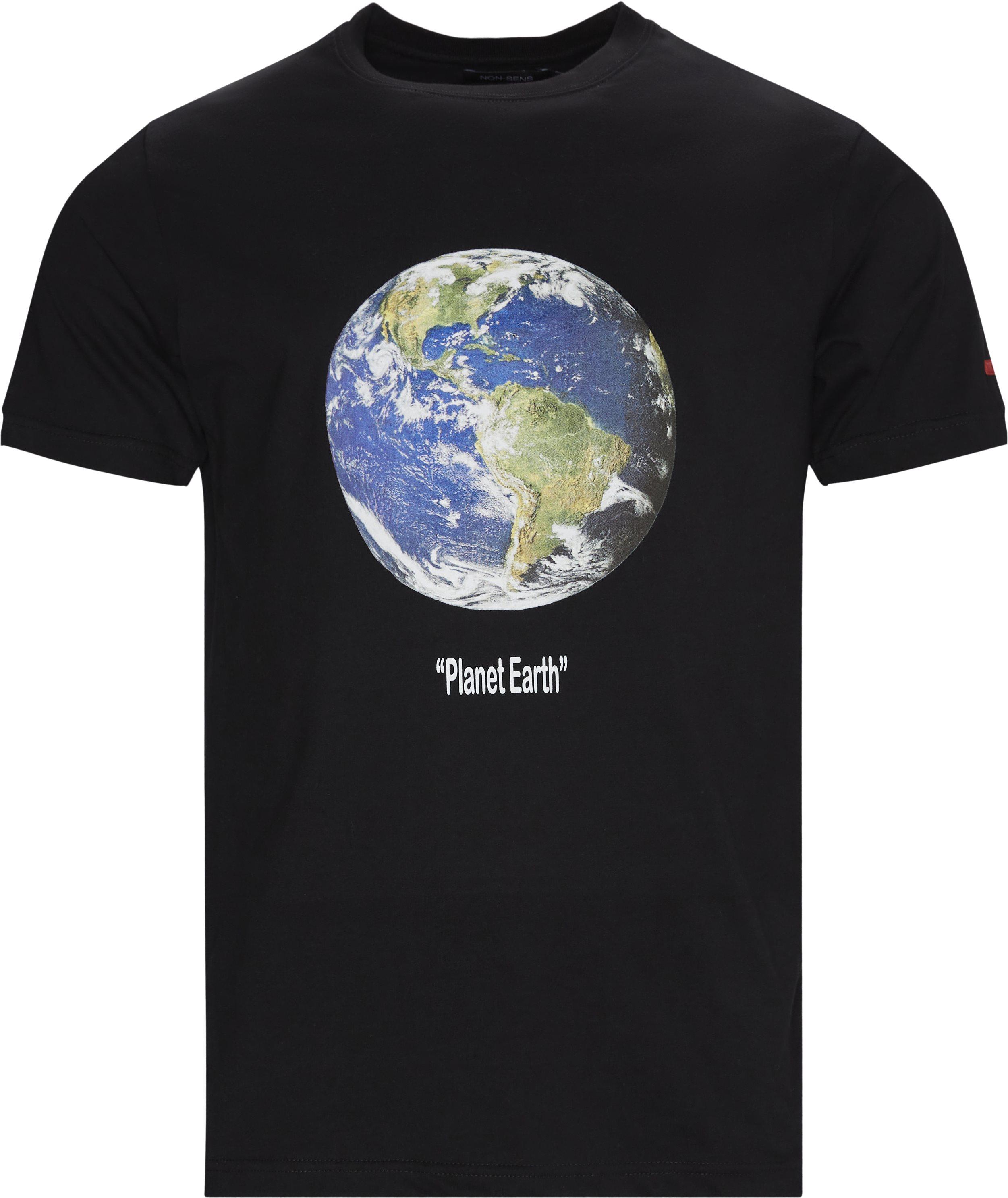Planet Tee - T-shirts - Regular fit - Sort