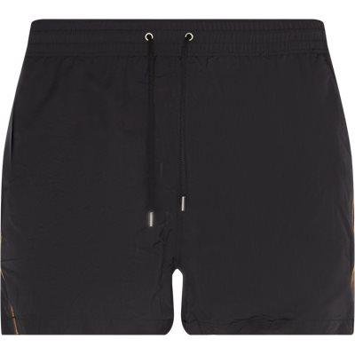 Regular fit | Shorts | Black