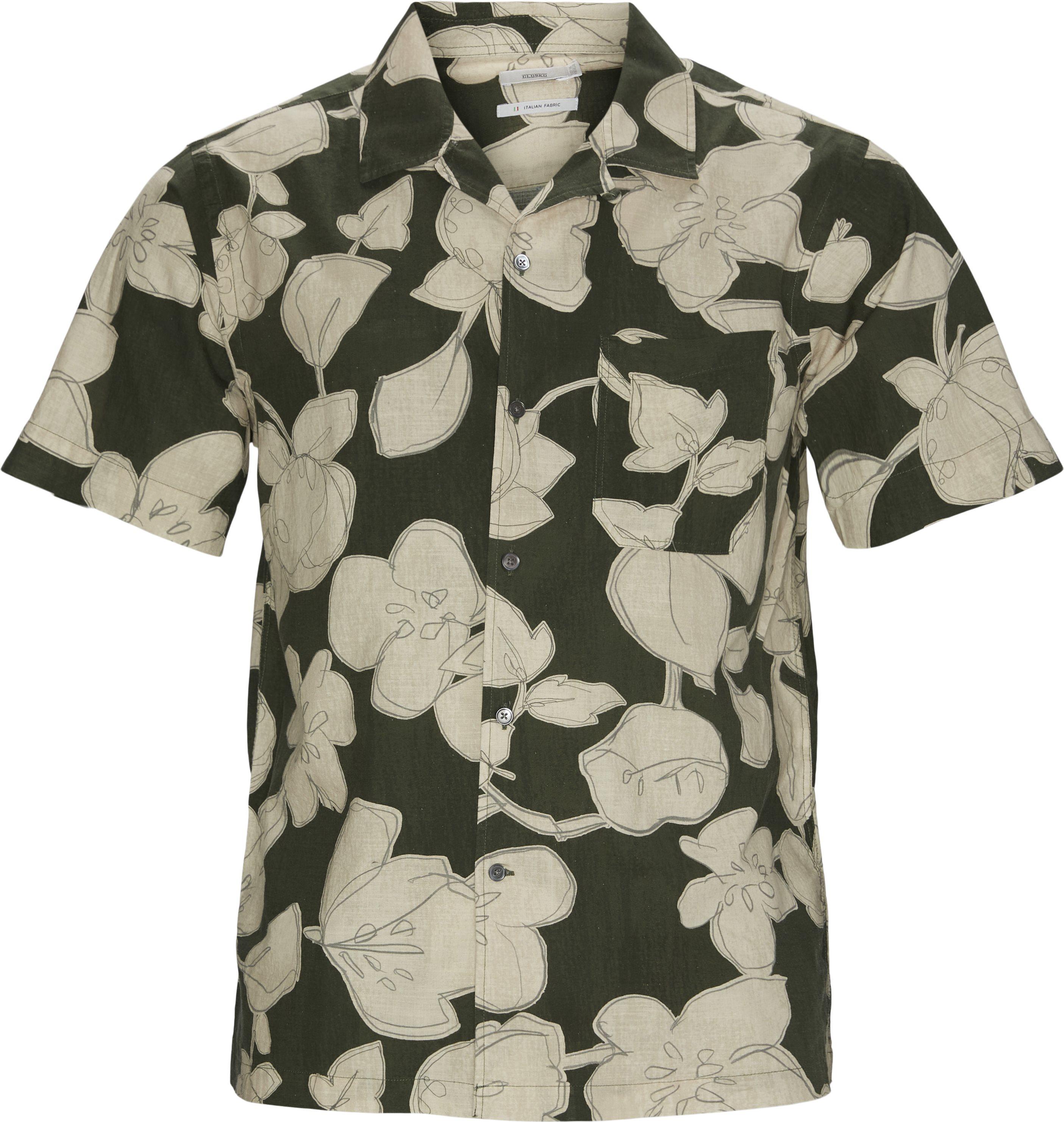 Short Sleeved Shirt - Kortærmede skjorter - Regular fit - Army