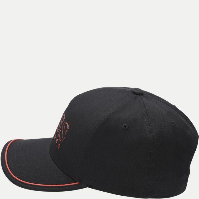 Novel Cap