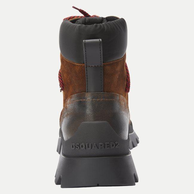 Tank Hiking Boot