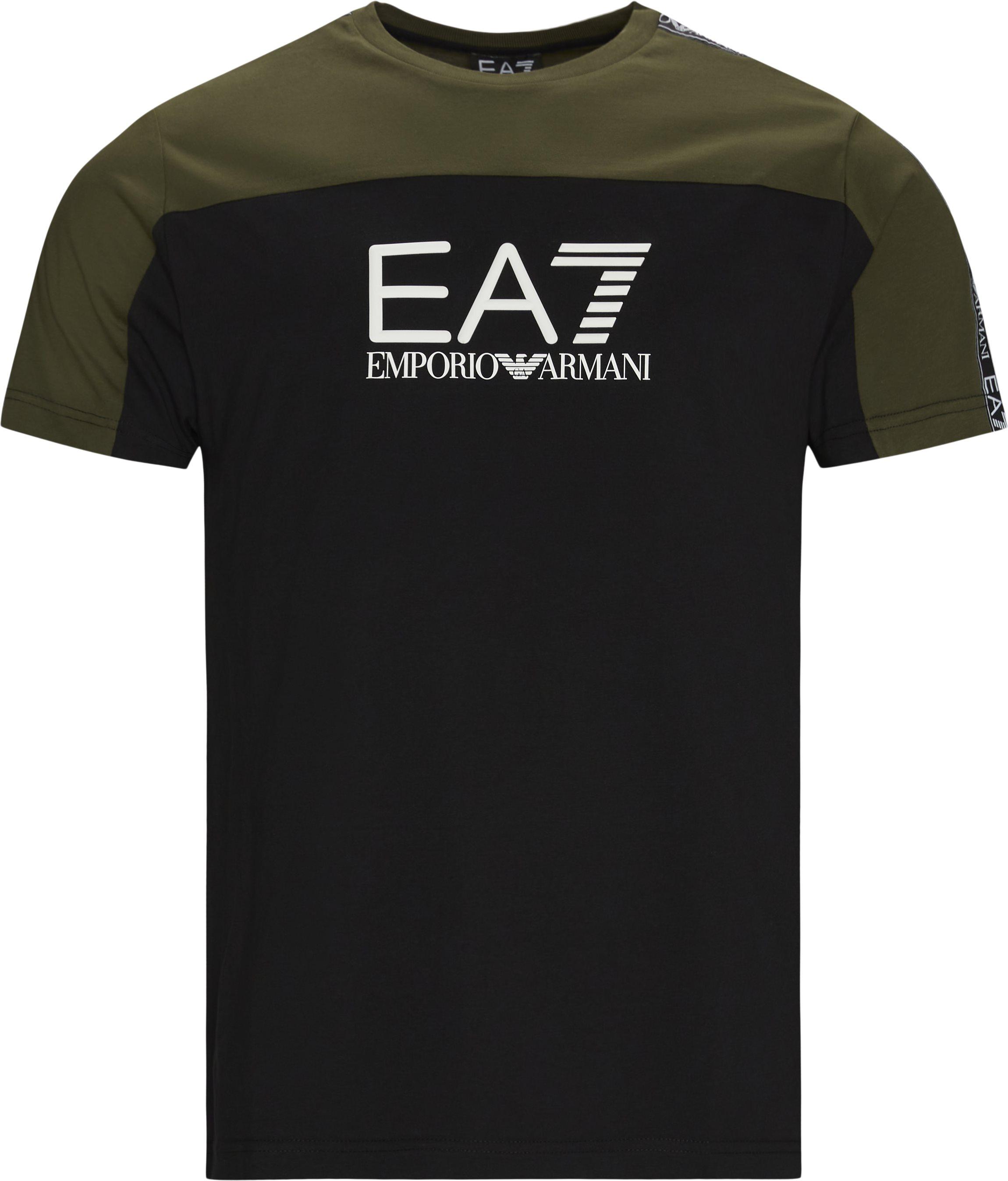 PJ7CZ Logo T-shirt - T-shirts - Regular fit - Sort