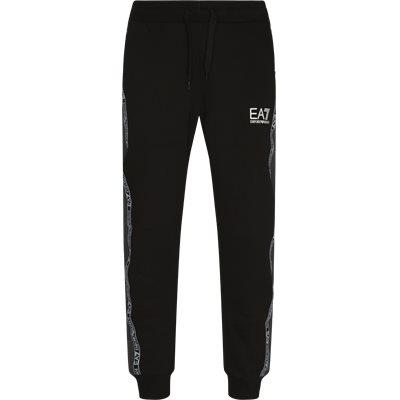 Regular fit   Trousers   Black