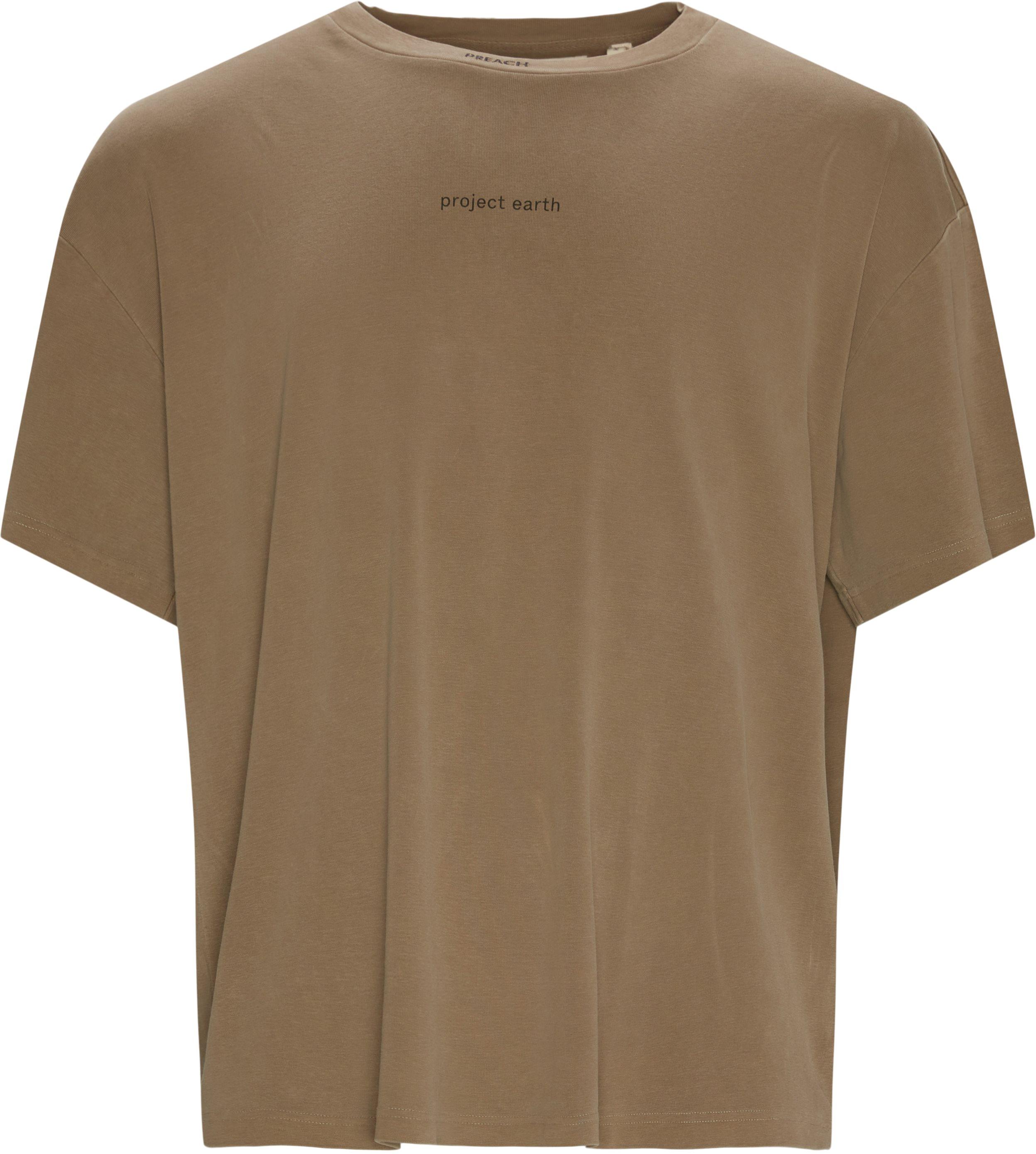 T-shirts - Oversize fit - Brun